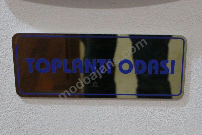 Ayna Plexi Kapı İsimlikleri