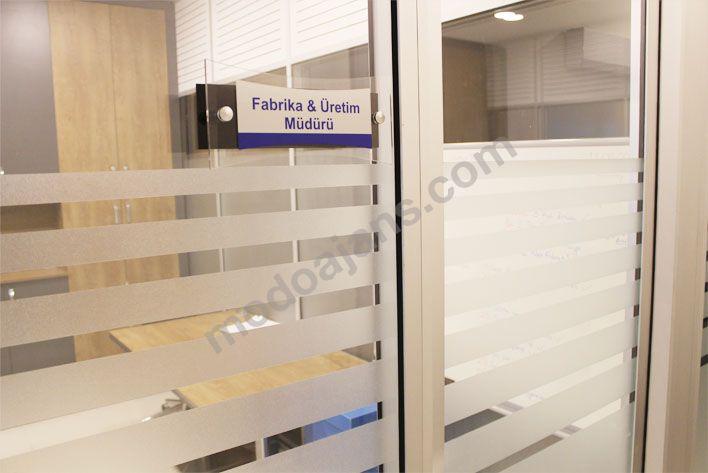 Ofis Bölme Cam Kapı İsimlikleri